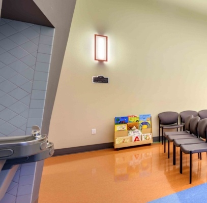 407_x_400_childrens_medical_clinic_lobby_LEFT.jpg